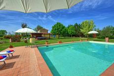 Ferienhaus 1337961 für 12 Personen in Monsigliolo