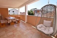 Mieszkanie wakacyjne 1338013 dla 5 osób w Primošten