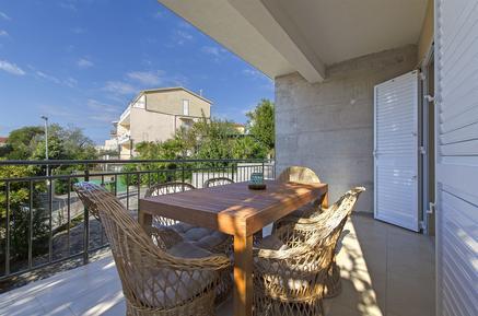 Für 4 Personen: Hübsches Apartment / Ferienwohnung in der Region Primosten