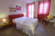 Holiday apartment 1338068 for 6 persons in Castiglione Falletto