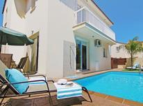 Vakantiehuis 1338185 voor 6 personen in Pernera