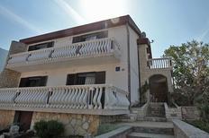 Ferienwohnung 1338318 für 2 Erwachsene + 2 Kinder in Cesarica