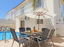 Ferienhaus 1338560 für 6 Personen in Pernera
