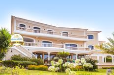 Casa de vacaciones 1338959 para 8 personas en Sao Goncalo