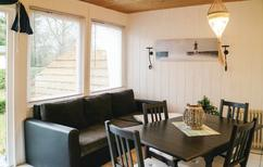 Ferienhaus 1338970 für 2 Erwachsene + 2 Kinder in Middelhagen