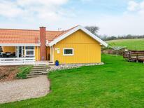 Casa de vacaciones 1342395 para 8 personas en Lavensby Strand