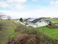 Appartement 1342396 voor 6 personen in Lavensby Strand