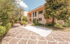 Vakantiehuis 1342713 voor 12 personen in Pisa