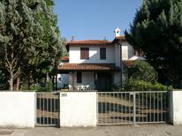 Holiday home 1345016 for 8 persons in Lido delle Nazioni