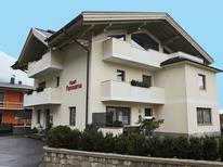 Ferienwohnung 1345124 für 4 Personen in Mayrhofen