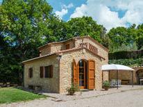 Ferienhaus 1345466 für 3 Personen in Volterra