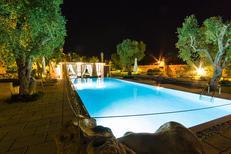 Vakantiehuis 1345616 voor 14 personen in Martano