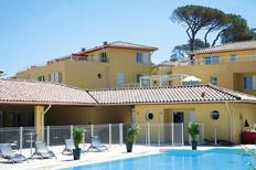 Appartamento 1345880 per 4 adulti + 2 bambini in Six-Fours-les-Plages