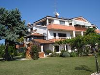 Holiday apartment 1345962 for 4 persons in Zambratija