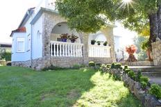 Appartement 1346053 voor 4 personen in Kremenići