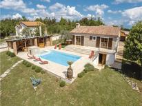 Ferienhaus 1346531 für 8 Personen in Ružići bei Pazin