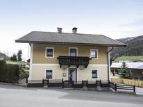 Ferienhaus 1347096 für 9 Personen in Bruck an der Großglocknerstraße