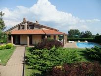 Villa 1347125 per 10 persone in Lubriano