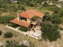 Vakantiehuis 1347184 voor 8 personen in Vinisce