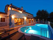 Ferienhaus 1347306 für 8 Personen in Presika