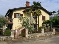 Ferienwohnung 1347423 für 4 Personen in Kastanija