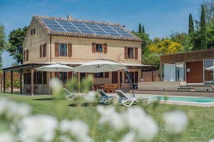 Gemütliches Ferienhaus : Region Adria für 9 Personen