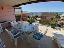 Appartement 1348200 voor 5 personen in Brodarica