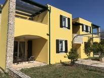 Holiday apartment 1348652 for 4 persons in Bašanija