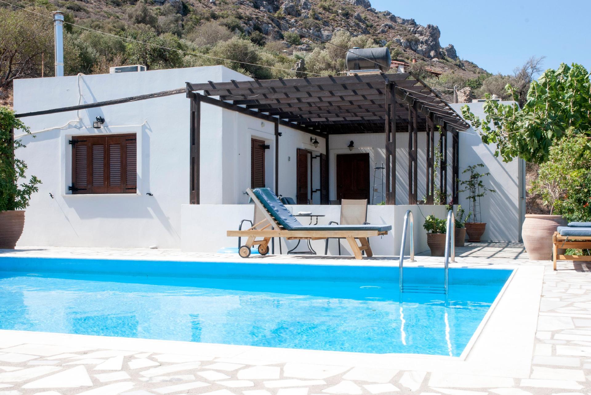 Ferienhaus mit Privatpool für 4 Personen ca.   in Griechenland