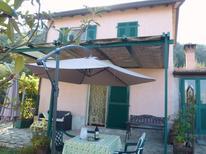 Rekreační dům 1350892 pro 3 dospělí + 1 dítě v La Spezia