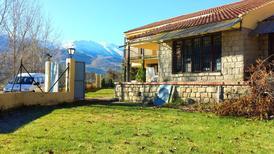 Ferienhaus 1351035 für 30 Personen in Navaluenga