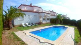 Ferienhaus 1351060 für 10 Personen in Costa del Zefir