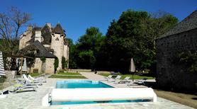 Ferienhaus 1351163 für 20 Personen in Bassignac