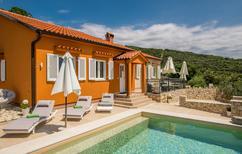Vakantiehuis 1351460 voor 8 personen in Miholascica