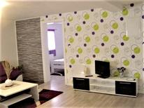 Appartement 1351598 voor 6 personen in Rakovica