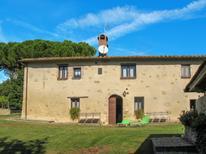 Ferienwohnung 1352432 für 4 Personen in Casole d'Elsa