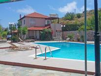 Ferienhaus 1353038 für 6 Personen in Agia Pelagia