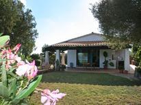 Ferienhaus 1353046 für 6 Personen in Pittulongu