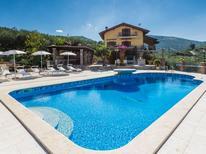 Vakantiehuis 1353106 voor 10 personen in Sonnino