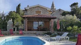 Ferienhaus 1353158 für 7 Personen in Poljica auf Krk