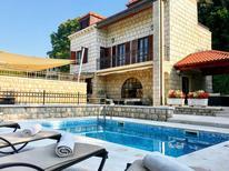 Ferienhaus 1353469 für 9 Personen in Lozica