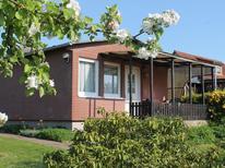Ferienhaus 1353847 für 3 Personen in Ostseebad Boltenhagen