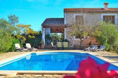 Vakantiehuis 1354050 voor 11 personen in Búger