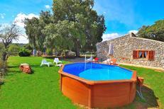 Vakantiehuis 1354091 voor 5 personen in Llubi