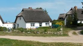 Ferienhaus 1354288 für 5 Personen in Wieck am Darß