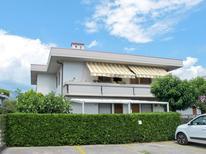 Ferienwohnung 1354353 für 4 Personen in Marina Di Massa