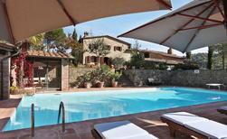 Villa 1354884 per 8 persone in Gaiole In Chianti