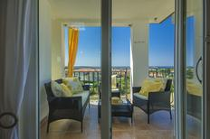 Appartement 1355485 voor 4 personen in Novigrad