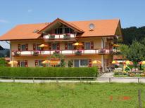 Ferienwohnung 1356498 für 4 Personen in Bergen im Chiemgau