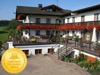Ferienwohnung 1356945 für 2 Personen in Höslwang